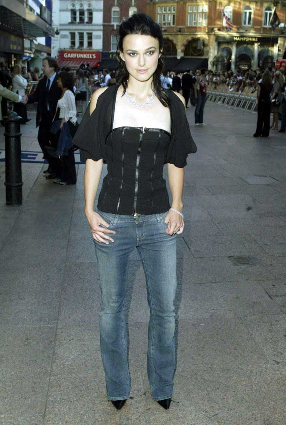Keira Knightley premiere på Pirates of the caribbean i 2003